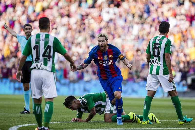 Messi skytteliga kung La Liga
